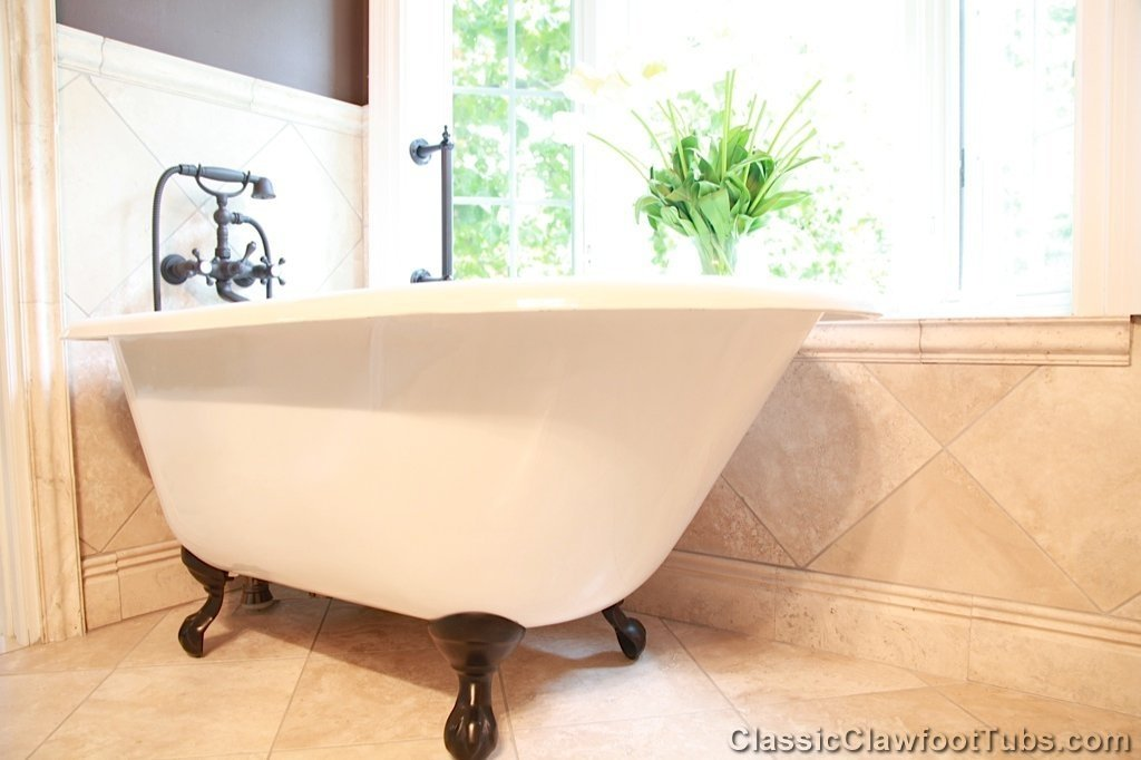 "Pictures Of Clawfoot Bathtubs: 48"" Rolled Rim Cast Iron Clawfoot Tub"
