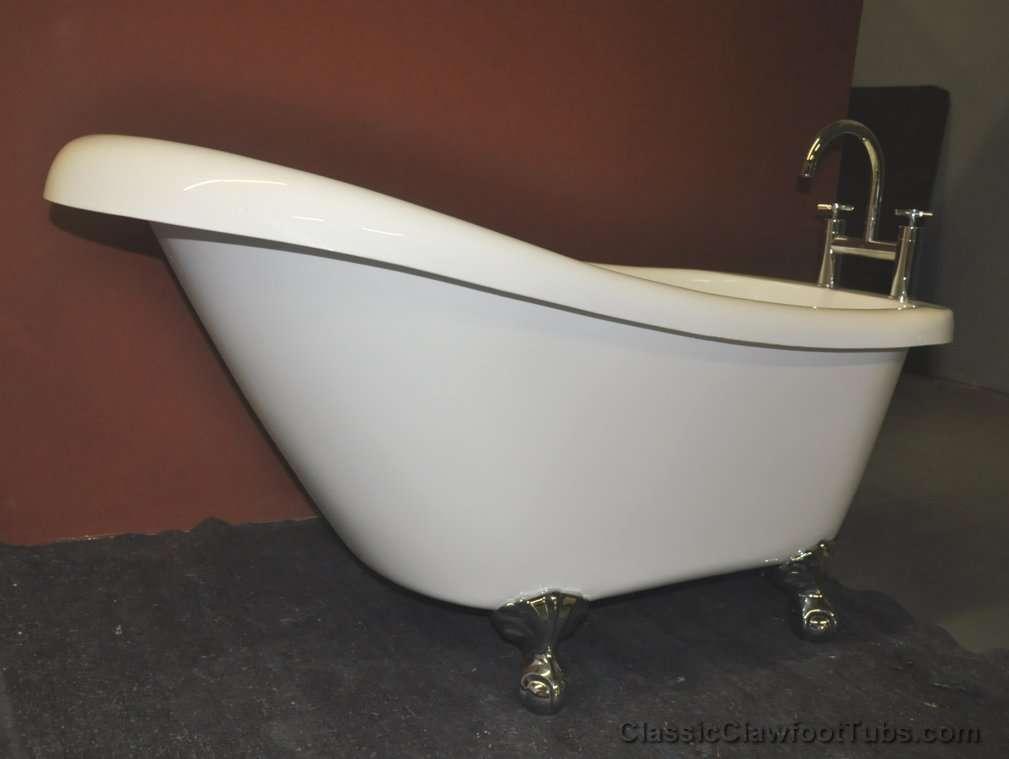 59 5 acrylic slipper clawfoot tub classic clawfoot tub for Claw foot bath tubs